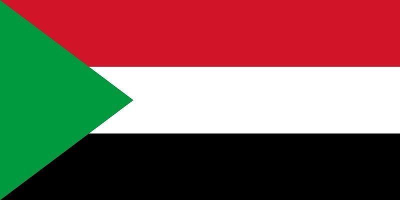 إغلاق المطار واطلاق نار ومغادرة البشير... السودان