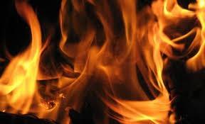 شب الحريق... فأنقذت الأم والأولاد