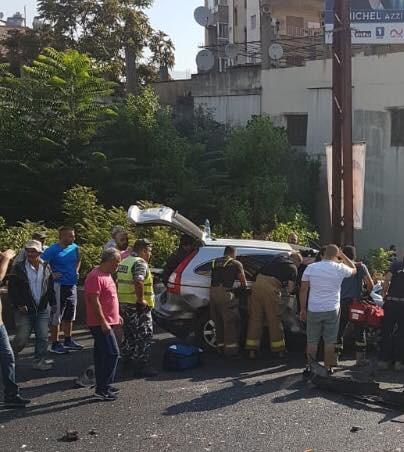 7 جرحى في حادث سير على المسلك الغربي لأوتوستراد جونية