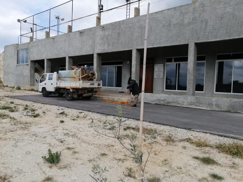 (بالصور) تعقيم الكنيسة والقاعة الجديدة والساحة في شواليق