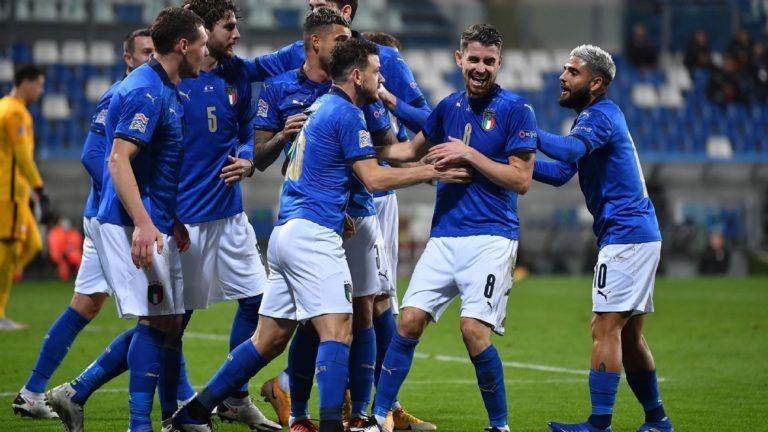 إيطاليا في طريقها إلى نصف نهائي دوري الأمم الأوروبية