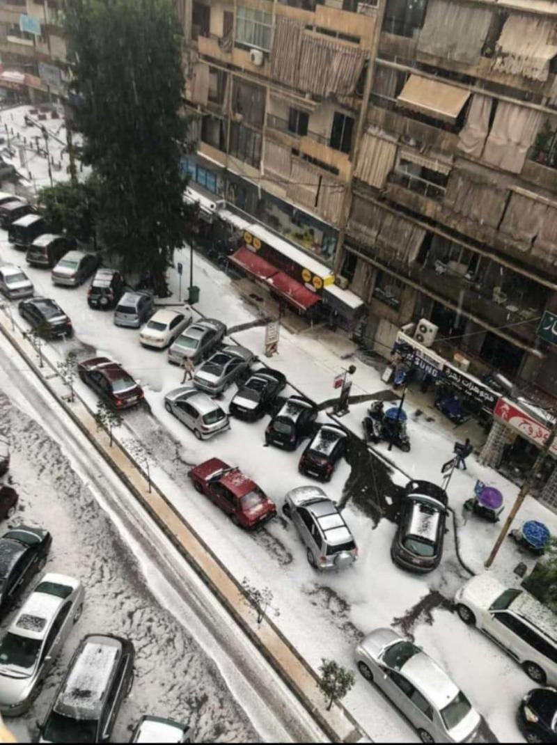(بالصور) البرد يغطي الشوارع في بيروت والفنار والجديدة