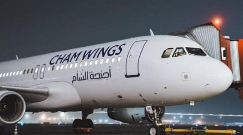 وصول الطائرة الأولى من حلب إلى المطار