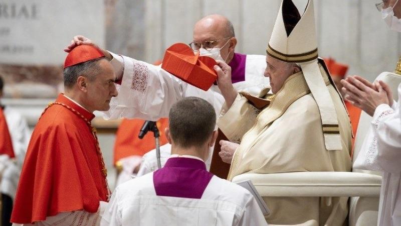 الكاردينال غامبيتي نائبا عاما للبابا على حاضرة الفاتيكان