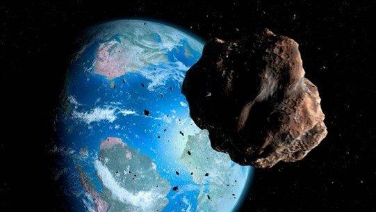 كويكب بحجم ملعب كرة القدم سيقترب من الأرض اليوم