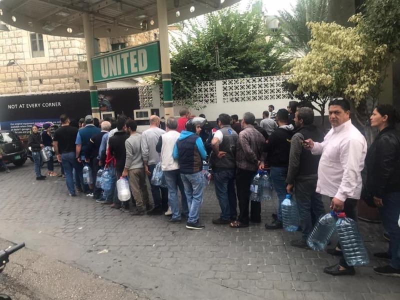 البراكس: اصحاب محطات المحروقات يعانون الأزمة وليسوا سببها