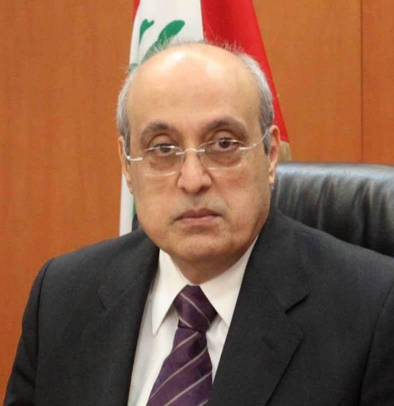أبو شرف نوه بإقرار تأمين الحماية القانونية للاطباء والعاملين في القطاع الصحي