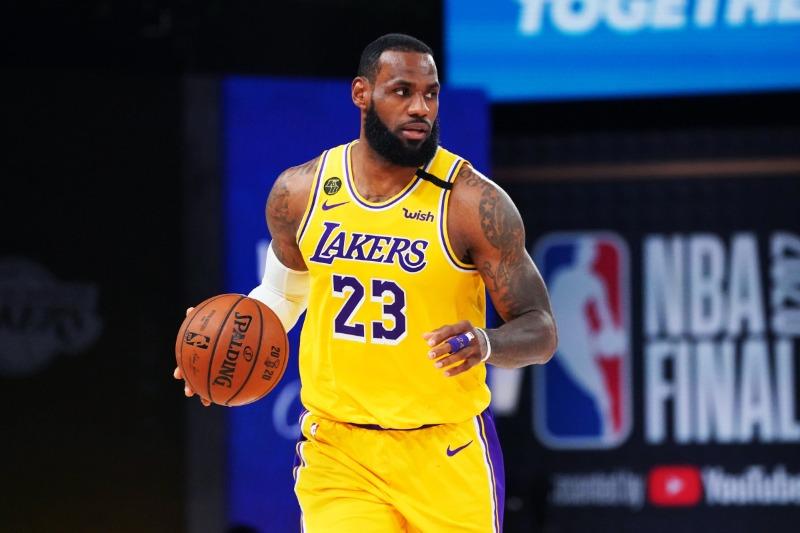 كرة السلة الاميركية NBA