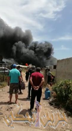 """حريق خيم """"العرب"""" على طريق درب السيم-حسبة صيدا"""