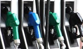 هل ترفع محطات الوقود جميعها خراطيمها يوميا عند الساعة 8 مساء؟