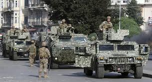 الجيش: سنفجر رمانة يدوية غير منفجرة في منطقة الطيونة عند الـ1:30 ظهرا