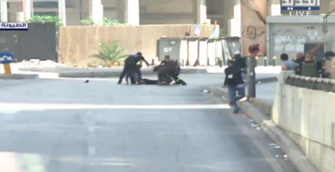 الجديد: اصابة مواطن عند مستديرة الطيونة أثناء تجاوزه الطريق